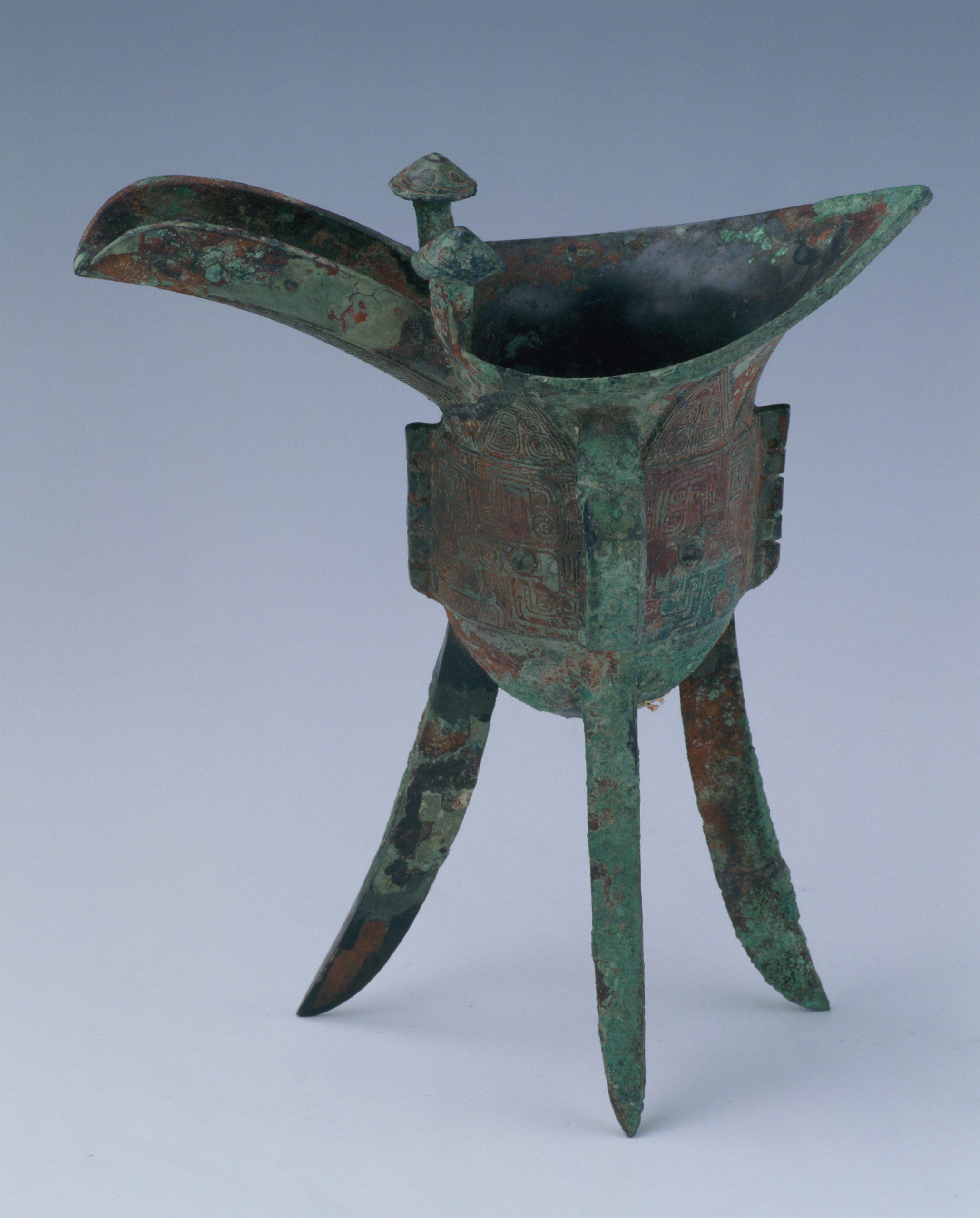 10.铜爵 Tripode jue 爵 en bronze